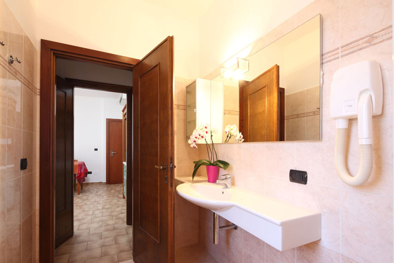 One room apartment with master bedroom (26mq)